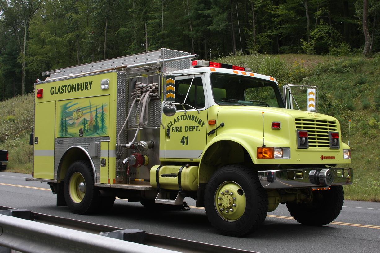 Glastonbury Fire Engine 41-copyrighted image