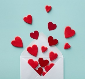 Envelope with Hearts-copyrighted image